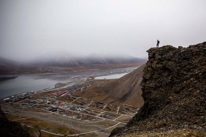 LONGYEARBYEN, NORWAY - AUGUST 28: General view of Longyearbyen on August 28, 2020 in Longyearbyen, Norway. Svalbard archipelago lies approximately 1,200km north of the Arctic Circle. Longearbyen was founded in 1906 by American businessman John Munro Longyear, who founded the town's coal industry that became its main economic pillar until the late 20th century. on August 28, 2020 in Longyearbyen, Norway. (Photo by Maja Hitij/Getty Images)