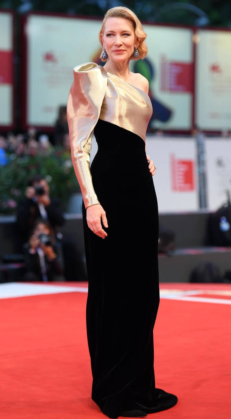 epa06991172 Australian actress Cate Blanchett arrives for the premiere of 'Suspiria' during the 75th annual Venice International Film Festival, in Venice, Italy, 01 September 2018. The movie is presented in the official competition 'Venezia 75' at the festival running from 29 August to 08 September 2018.  EPA/CLAUDIO ONORATI