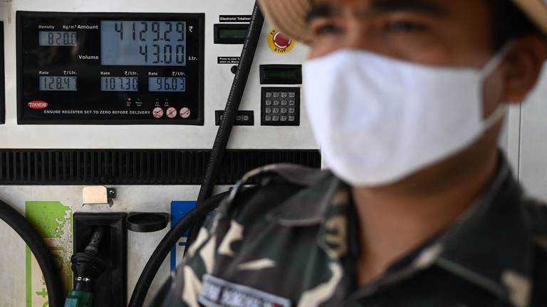 An image that illustrates this article Will India's economy be able to ward off the heat from soaring oil prices?