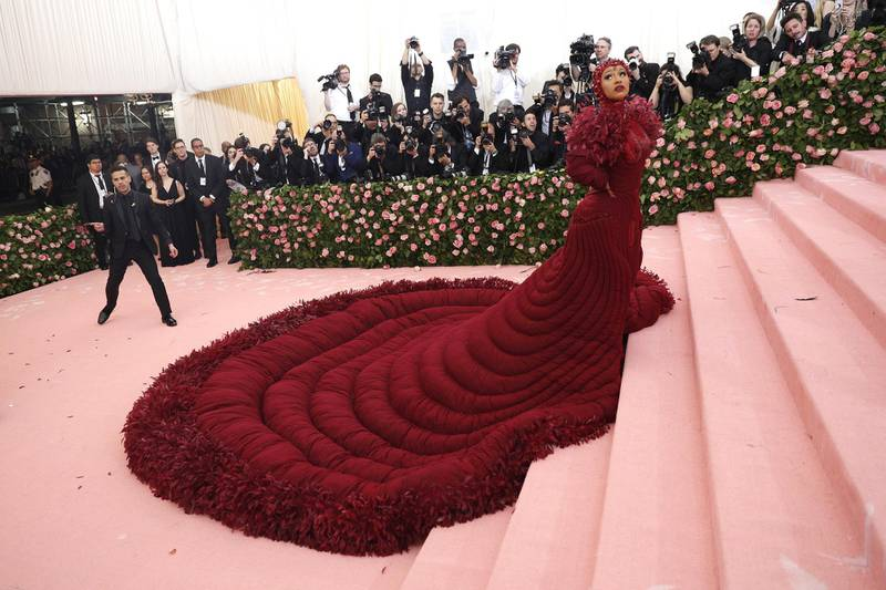 epa07552617 Cardi B arrives on the red carpet for the 2019 Met Gala, the annual benefit for the Metropolitan Museum of Art's Costume Institute, in New York, New York, USA, 06 May 2019. The event coincides with the Met Costume Institute's new spring 2019 exhibition, 'Camp: Notes on Fashion', which runs from 09 May until 08 September 2019.  EPA-EFE/JUSTIN LANE