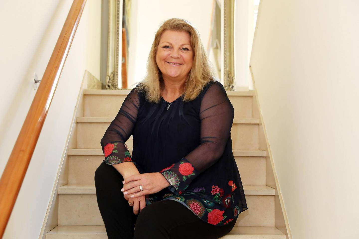DUBAI, UNITED ARAB EMIRATES , May 12 – 2020 :- Sonja Jayne Salmon founder of the Big Fish Comedy at her villa in the Arabian Ranches in Dubai. (Pawan Singh / The National) For Business. Story by David