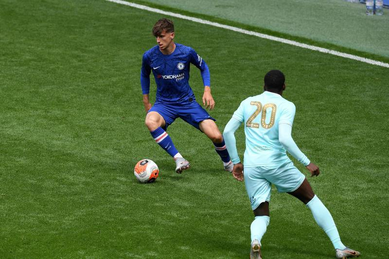 LONDON, ENGLAND - JUNE 14: Mason Mount of Chelsea in action during a friendly match between Chelsea and Queens Park Rangers at Stamford Bridge on June 14, 2020 in London, England. (Photo by Darren Walsh/Chelsea FC via Getty Images)
