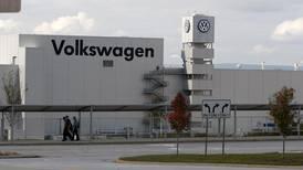 Volkswagen complies with sanctions on Iran undercutting EU efforts