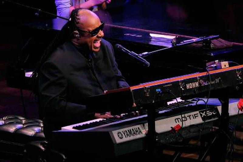 NEW YORK - OCTOBER 21: Musician Stevie Wonder performs onstage at the Paul Newman's Hole in the Wall Camps at Avery Fisher Hall, Lincoln Center on October 21, 2010 in New York City.   Jemal Countess/Getty Images/AFP