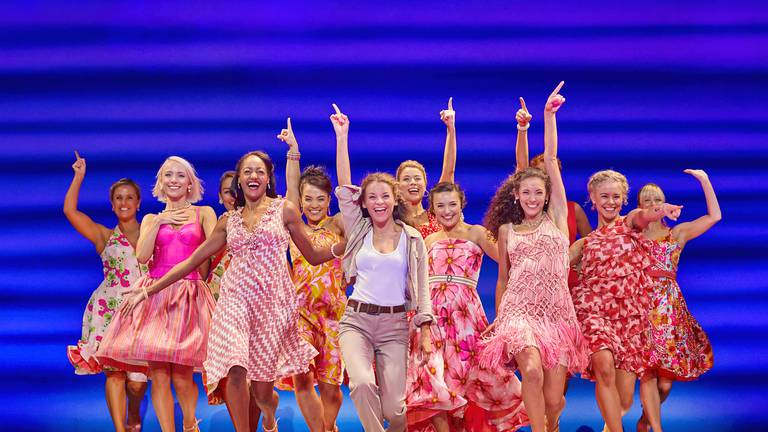 An image that illustrates this article Take a Chance on Me: how musical 'Mamma Mia!' delivered a safe and successful hit show