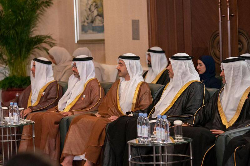 Sheikh Mohamed bin Zayed meets the Chinese Vice President and discusses bilateral relations as well  as a number of issues of mutual interest. MOPA