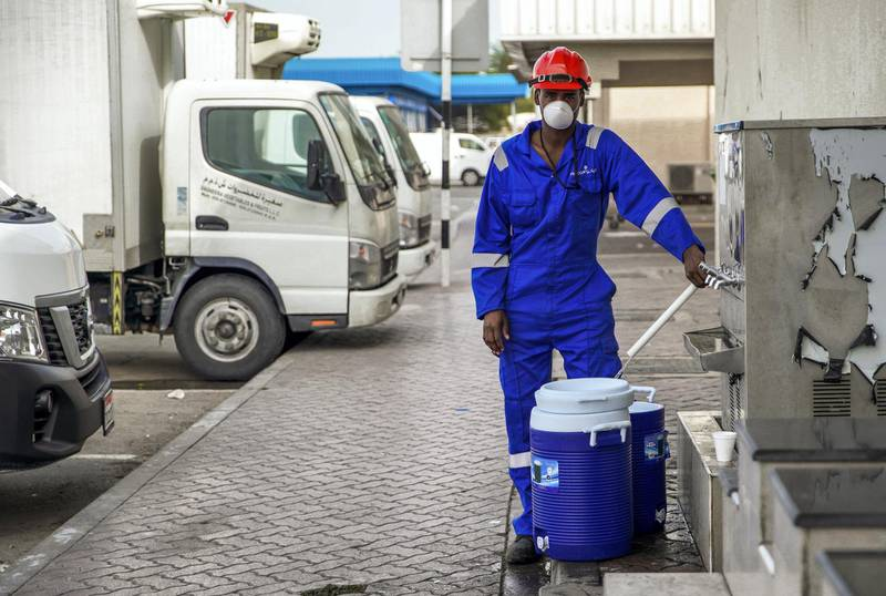 Abu Dhabi, United Arab Emirates, March 27, 2020.  The nearly empty streets at the Eastern Ring Road, Abu Dhabi on the first day of the UAE cleaning campaign.  Emiratis and residents across the UAE must stay home this weekend while a nationwide cleaning and sterilisation drive is carried out. Victor Besa / The National