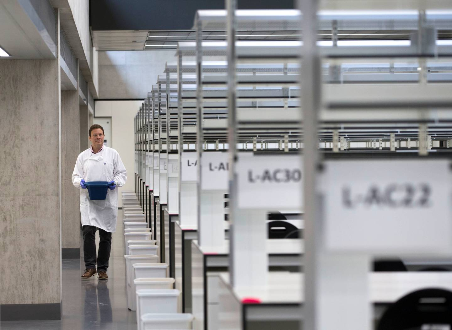 LONDON 21st October 2019. The Research Laboratory at the newly opened  Zayed Centre For Research Into Rare Disease In Children in London. Stephen Lock for the National EMBARGOED UNTIL 13.00 GMT THURSDAY 24th OCTOBER 2019.