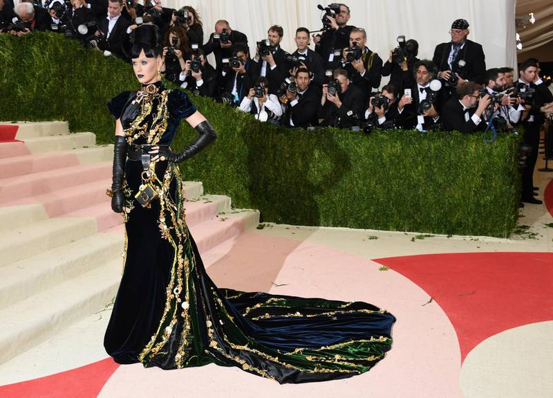 """NEW YORK, NY - MAY 02:  Singer Katy Perry attends the """"Manus x Machina: Fashion In An Age Of Technology"""" Costume Institute Gala at Metropolitan Museum of Art on May 2, 2016 in New York City.  (Photo by Larry Busacca/Getty Images) *** Local Caption ***  al04ma-blog-metball18.jpg"""