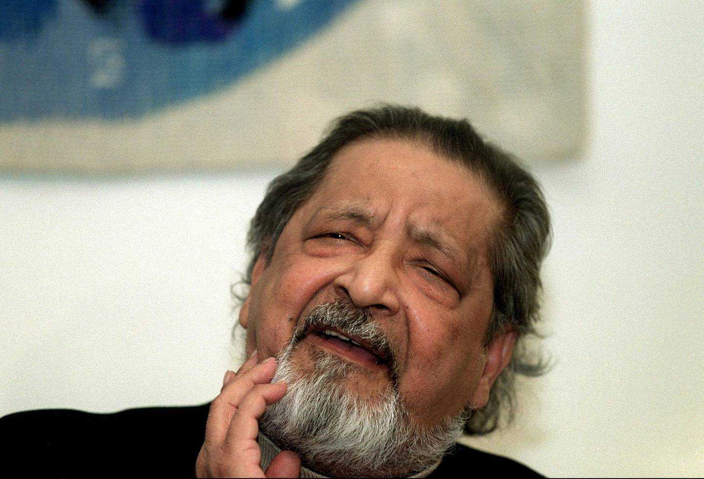 Writer V.S. Naipaul speaks during a press conference upon his arrival at Arlanda Airport, Stockholm, Sweden, December 6, 2001, a few days prior to the Nobel prize award ceremony. Picture taken December 6, 2001. Maja Suslin/TT News Agency/via REUTERS      ATTENTION EDITORS - THIS IMAGE WAS PROVIDED BY A THIRD PARTY. SWEDEN OUT. NO COMMERCIAL OR EDITORIAL SALES IN SWEDEN.
