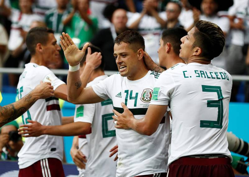 Soccer Football - World Cup - Group F - South Korea vs Mexico - Rostov Arena, Rostov-on-Don, Russia - June 23, 2018   Mexico's Javier Hernandez celebrates scoring their second goal with Carlos Salcedo and team mates   REUTERS/Damir Sagolj
