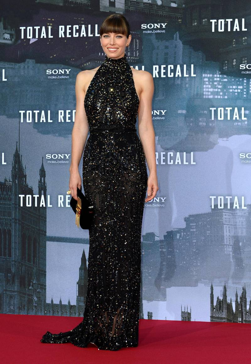 """US actress Jessica Biel poses during a photocall on August 13, 2012 in Berlin to promote their new film """"Total Recall"""". The movie will premiere in German cinemas on August 23, 2012.       AFP PHOTO / BRITTA PEDERSEN    GERMANY OUT (Photo by BRITTA PEDERSEN / DPA / AFP)"""