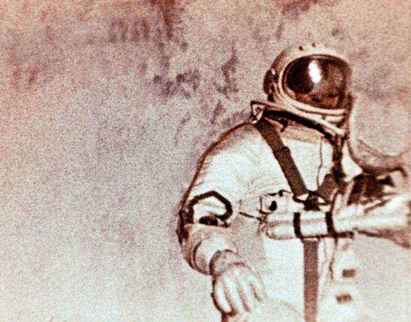 Berkut spacesuit - Soviet cosmonaut alexei leonov doing the world's first space walk (e,v,a,) during the voskhod 2 mission in 1965. (Photo by: Sovfoto/Universal Images Group via Getty Images)