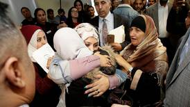 Yemeni mother arrives in US to see dying son