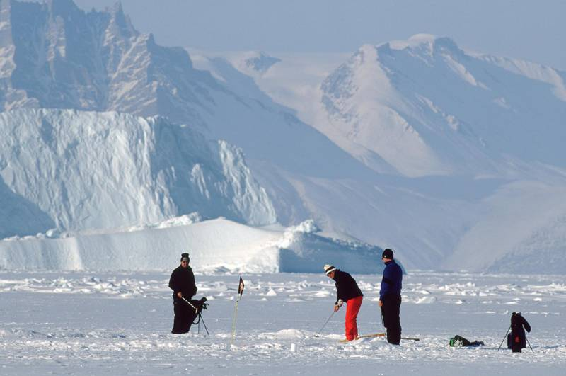 9 Apr 2001:  General view of a competitor in action during the Drambuie World Ice Golf Championships in Uummannaq, Greenland. \ Mandatory Credit: Michael Steele /Allsport