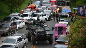 Philippine security forces bomb southern city in battle with ISIL-linked militants