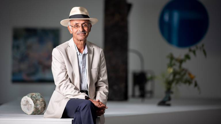 An image that illustrates this article Arab arts champion Taher Qassim never forgets his remote Yemen roots
