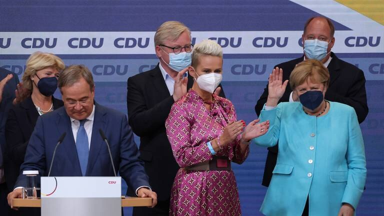 An image that illustrates this article Voters go to the polls in German elections - in pictures