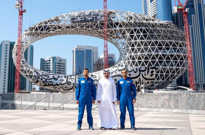 Sheikh HAmdan bin Rashid, Crown Prince of Dubai with two future makers of the UAE astronauts Hazza Al Mansouri and Sultan Al Niadi in front of the Museum of the future. WAM