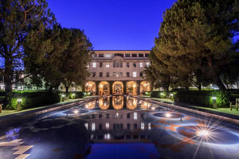 E8K8MN USA, California, Pasadena, California Institute of Technology, Beckman Institute Reflecting Pool