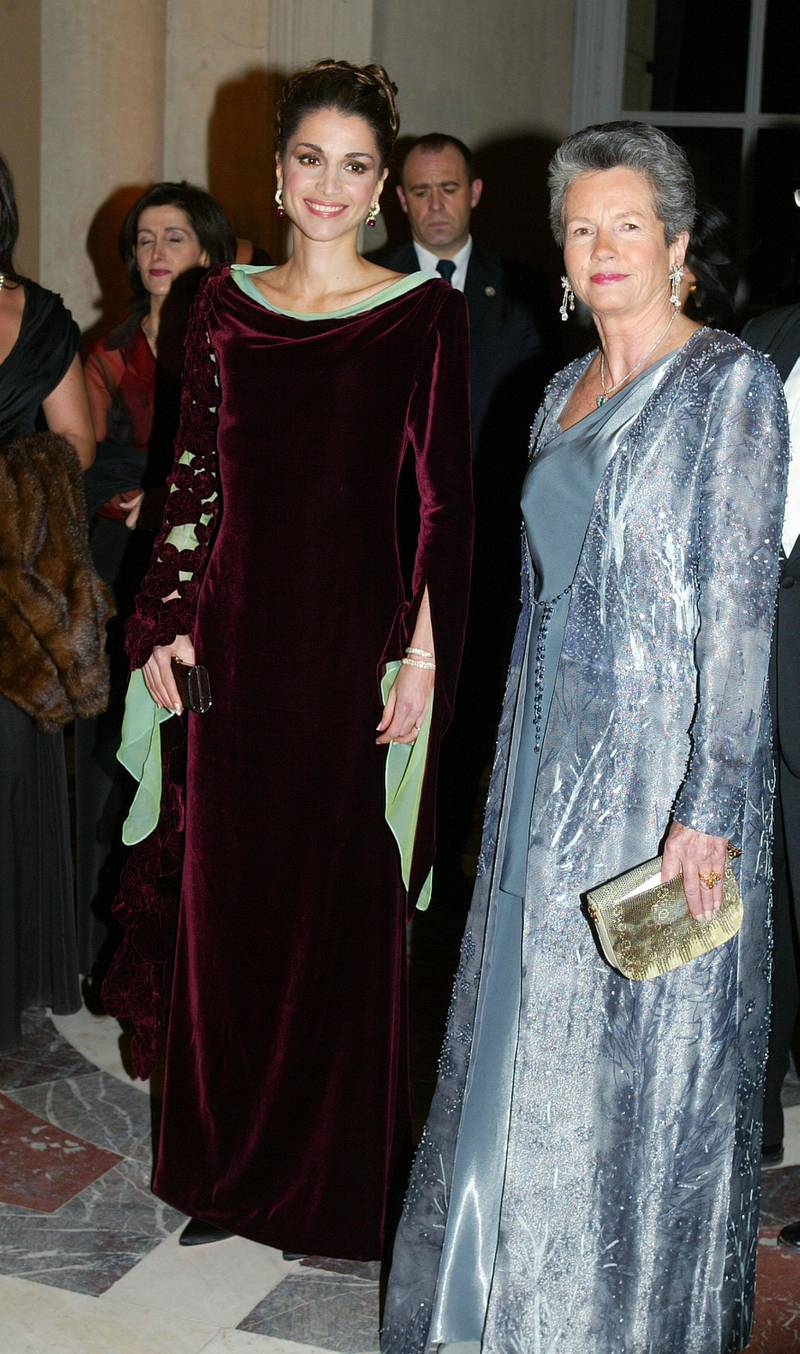 VERSAILLES, FRANCE - DECEMBER 2:  Queen Rania Al-Abdallah (L) of Jordan and Anne-Aymone Giscard D'Estaing, president of the association Fondation pour l'Enfance, attend the foundation's gala at Versailles Palace December 2, 2002 in Versailles, France.  The foundation, which fights child abuse in France and around the world, is celebrating its 25th anniversary.  (Photo by Pascal Le Segretain/Getty Images)