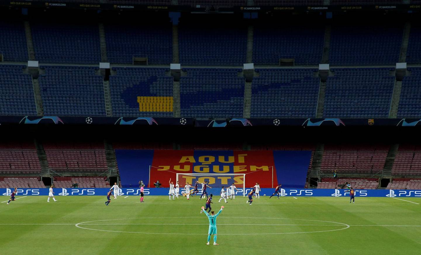 Soccer Football - Champions League - Round of 16 Second Leg - FC Barcelona v Napoli - Camp Nou, Barcelona, Spain - August 8, 2020  General view inside the stadium during the match, as play resumes behind closed doors following the outbreak of the coronavirus disease (COVID-19)  REUTERS/Albert Gea