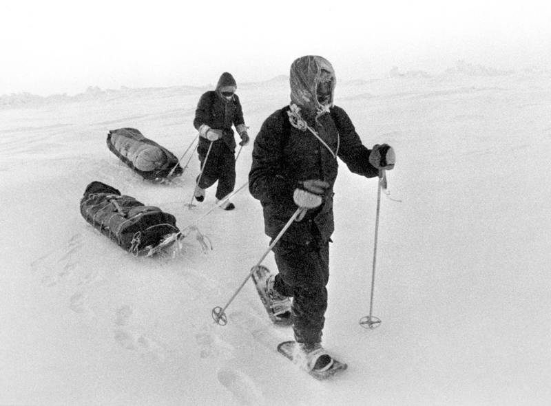 Sir Ranulph Fiennes (l) and Charles Burton (r) trekking across the Arctic wastes on their way to the North Pole. At this point the two explorers were facing a critical situation as the ice around them was melting as well as their back-up aircraft currently grounded. They reached the North Pole on 11th April to become the first people to do so in one season. PA Archive/PA Images