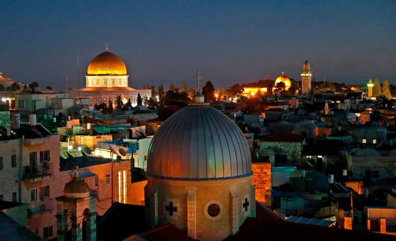 A picture taken on December 4, 2017 shows a general view of the skyline of the old city of Jerusalem, with the Dome of the Rock (L) in the Aqsa Compund. Palestinian leaders were seeking to rally diplomatic support to persuade US President Donald Trump not to recognise Jerusalem as Israel's capital after suggestions that he planned to do so.  East Jerusalem was under Jordanian control from Israel's creation in 1948 until Israeli forces captured it during the 1967 Six-Day War.  Israel later annexed it in a move not recognised by the international community. / AFP PHOTO / AHMAD GHARABLI