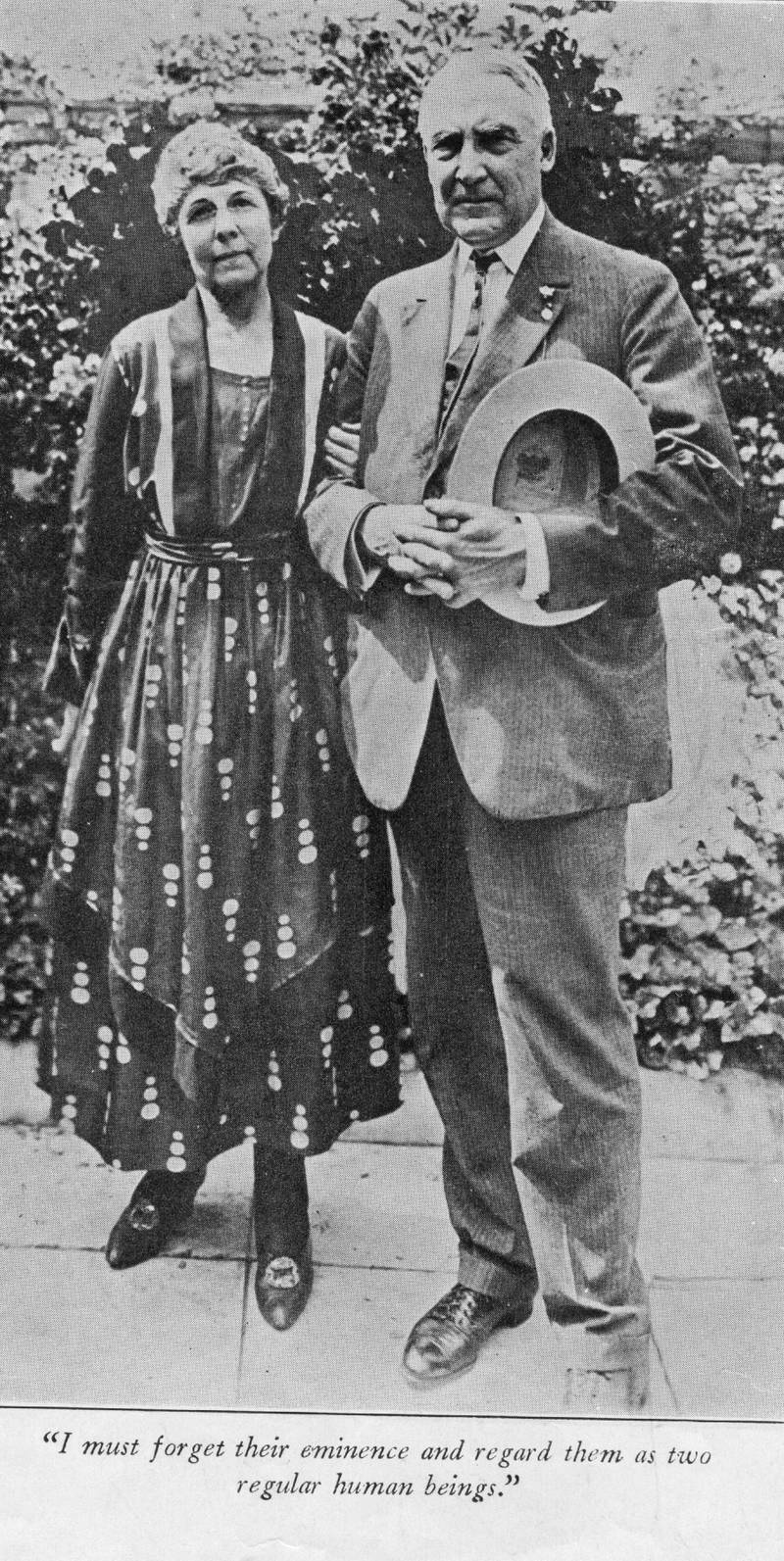 circa 1920:  The 29th American President Warren Gamaliel Harding (1865 - 1923) and his wife Florence Kling DeWolfe.   Below them is a quote reading 'I must forget their eminence and regard them as two regular human beings'.  (Photo by Hulton Archive/Getty Images)