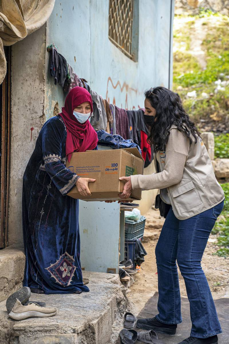 Food distribution has already begun in Jordan, Pakistan and Egypt as part of the '100 Million Meals' campaign that aims to support disadvantaged communities across 20 countries during the holy month of Ramadan. WAM