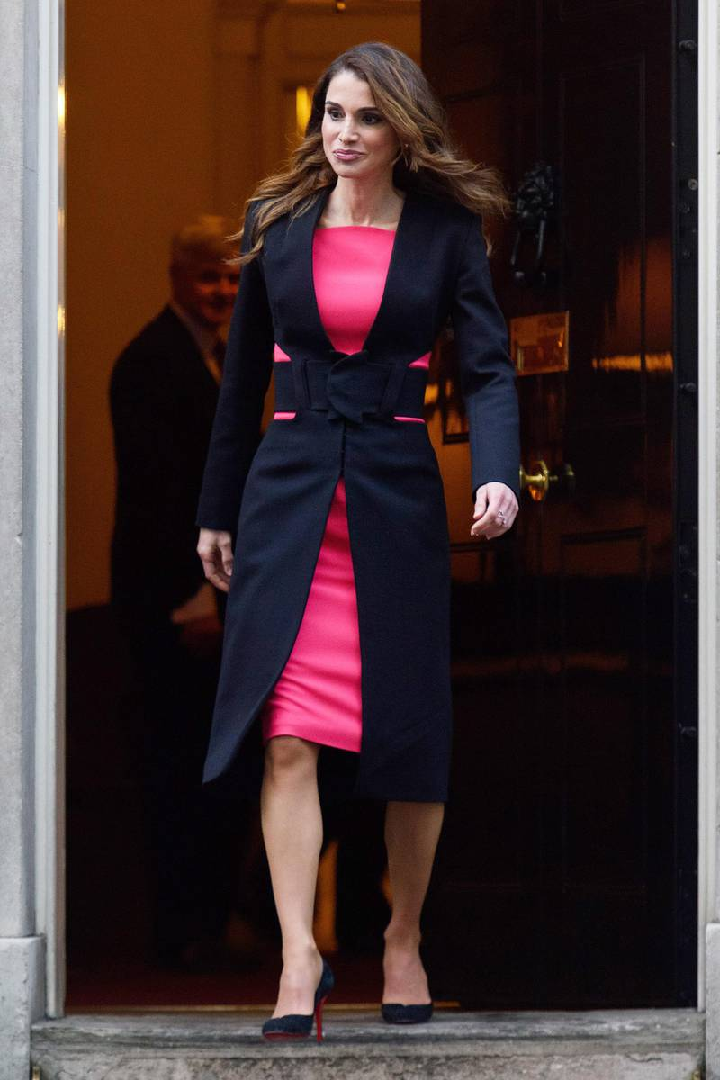LONDON, ENGLAND - JANUARY 08:  Queen Rania of Jordan departs Number 10 Downing Street on January 8, 2016 in London, England.The Prime Minister held talks with Queen Rania of Jordan today, discussing the need for a comprehensive approach to the Syrian humanitarian crisis and how to implement education and employment for refugees, to enable them to return to Syria and rebuild its economy in the future.  (Photo by Ben Pruchnie/Getty Images)
