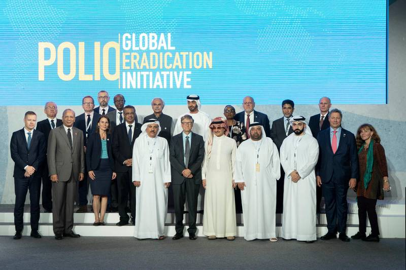 SAADIYAT ISLAND, ABU DHABI, UNITED ARAB EMIRATES - November 19, 2019: HH Sheikh Mohamed bin Zayed Al Nahyan, Crown Prince of Abu Dhabi and Deputy Supreme Commander of the UAE Armed Forces (2nd row C) stands for a photograph, during the Reaching the Last Mile Forum, at the Louvre Abu Dhabi. Seen with Bill Gates, Co-chair and Trustee of Bill & Melinda Gates Foundation (front row 6th R) and HRH Prince Alwaleed bin Talal bin Abdulaziz Al Saud, Chairman of the Kingdom Holding Company (front row 5th R).  ( Rashed Al Mansoori / Ministry of Presidential Affairs ) ---