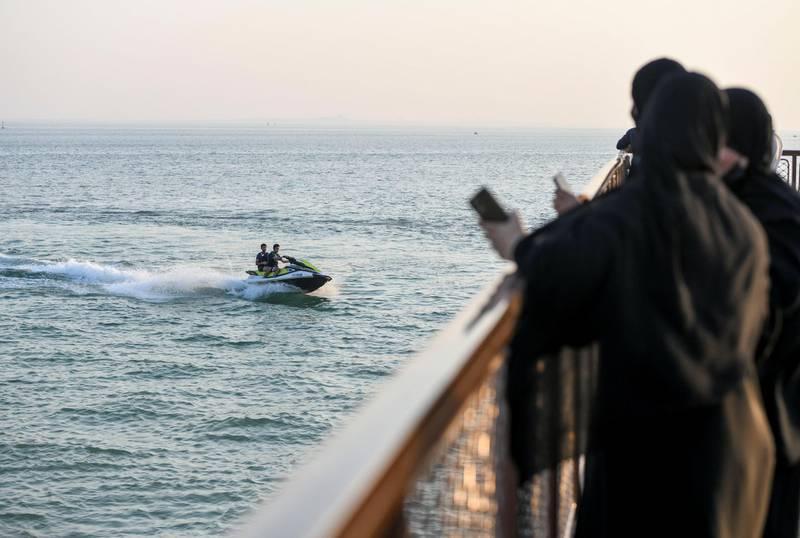 Evening-AD Residents enjoy spending time on Hudayriat Island, in Abu Dhabi on June 4, 2021. Khushnum Bhandari / The National  Reporter: N/A News