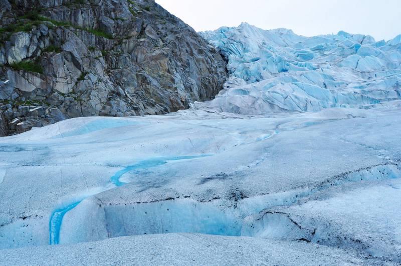 2D8JWYN Permafrost melting down, surface of a glacier, Mendenhall Glacier, Alaska