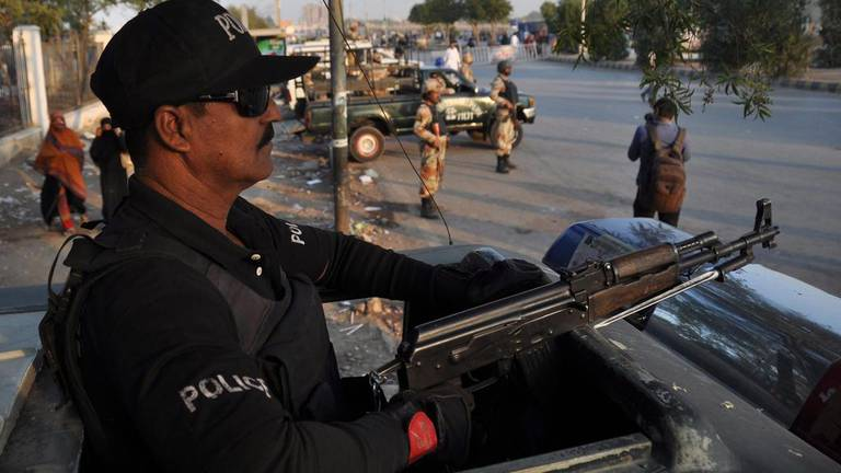 An image that illustrates this article Three Pakistan police killed in clashes with banned group