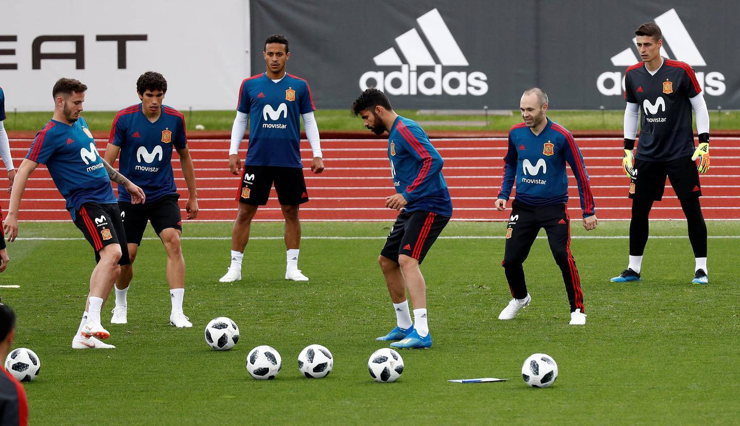 Soccer Football - FIFA World Cup - Spain Training - Spanish Federation Soccer Headquarters, Las Rozas, Spain - May 29, 2018   Spain's Diego Costa, Andres Iniesta and team mates during training   REUTERS/Juan Medina