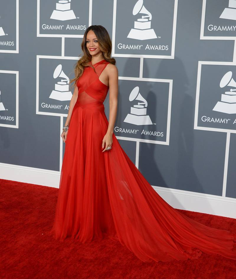 epa03578490 Barbadian actress and recording artist Rihanna arrives for the 55th Annual Grammy Awards in Los Angeles, California, USA, 10 February 2013.  EPA/MIKE NELSON