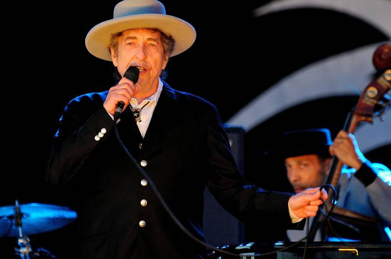 PADDOCK WOOD, UNITED KINGDOM - JUNE 30: Bob Dylan performs on stage during Hop Farm Festival at Hop Farm Family Park on June 30, 2012 in Paddock Wood, United Kingdom. (Photo by Gus Stewart/Redferns via Getty Images)