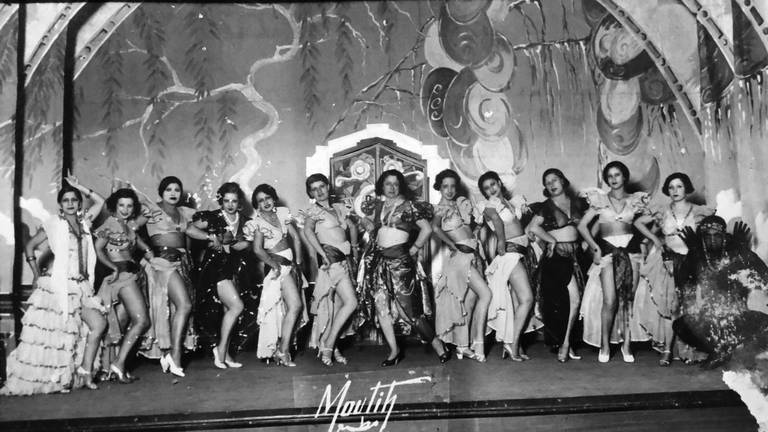 An image that illustrates this article 'Midnight in Cairo': the dancehall divas who forged a feminist path of the roaring 1920s