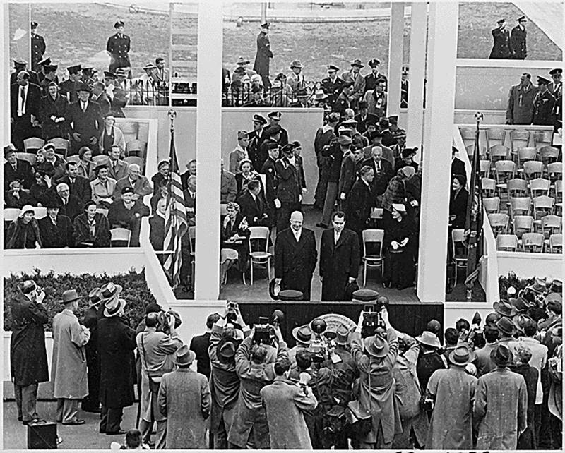 NO FILM, NO VIDEO, NO TV, NO DOCUMENTARY - US President Dwight D. Eisenhower and Vice President Richard M. Nixon pose for photographers at the reviewing stand for the Inaugural parade in Washington, D.C., USA on January 20, 1953. Photo by Harry S. Truman Library/National Archives/MCT/ABACAPRESS.COMNo Use CS France. No Use Belgium. No Use Canada rights only Frédéric 2006.