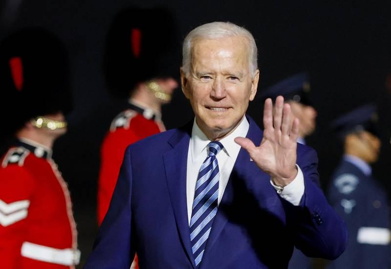 U.S. President Joe Biden waves upon arrival at Cornwall Airport Newquay, near Newquay, Cornwall, Britain June 9, 2021. REUTERS/Phil Noble/Pool
