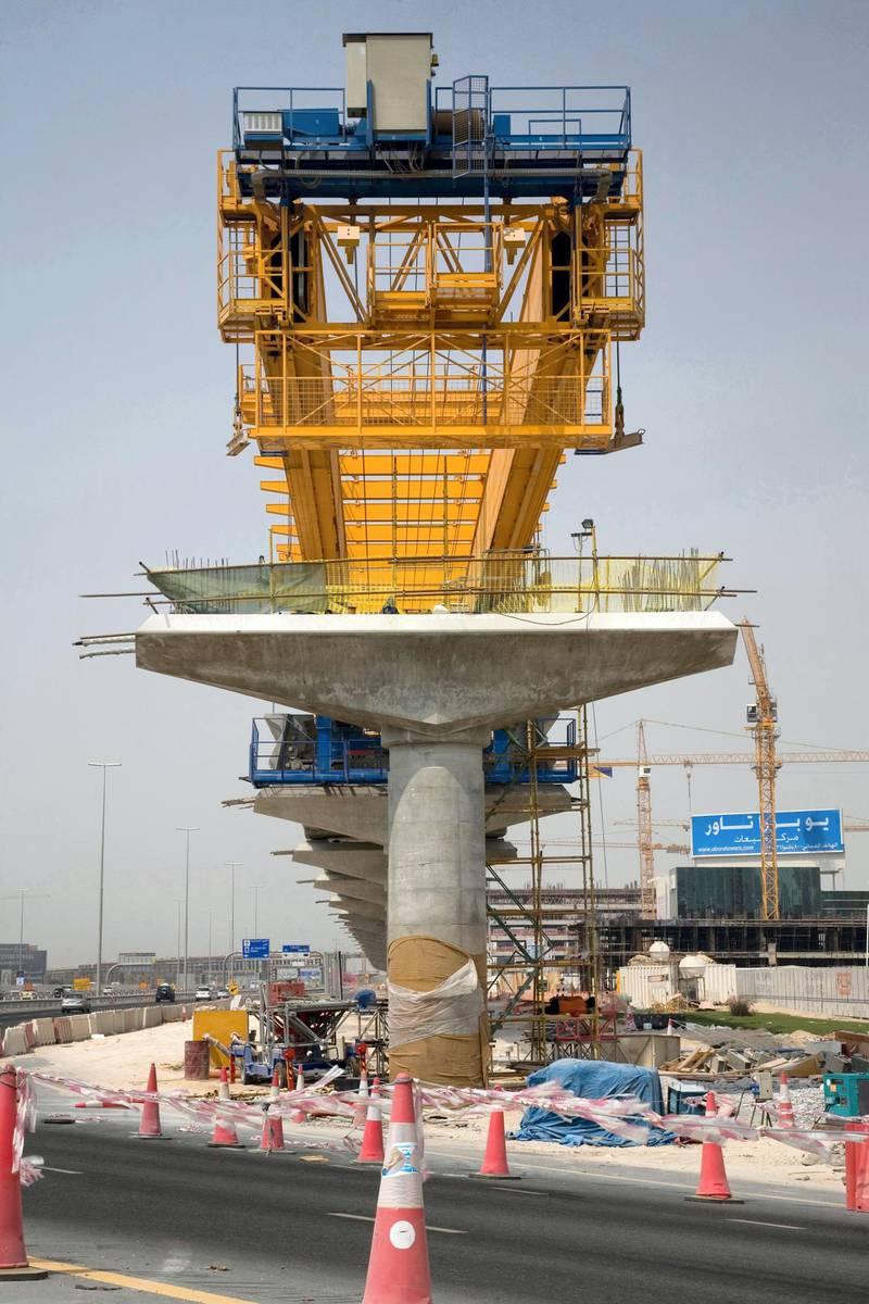 BE2FF6 Dubai metro construction track line support column