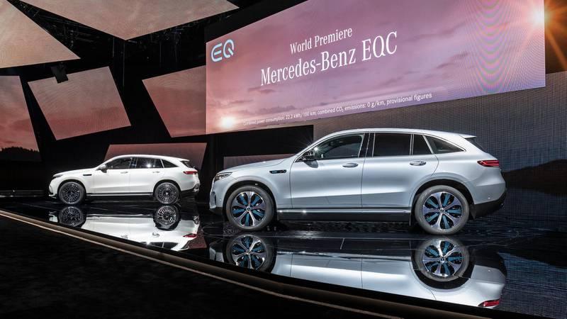 Der neue Mercedes-Benz ECQ (Stromverbrauch kombiniert: 22,2 kWh/100 km; CO2 Emissionen kombiniert: 0 g/km, Angaben vorläufig)//The new Mercedes-Benz EQC (combined power consumption: 22.2 kWh/100 km; combined CO2 emissions: 0 g/km, provisional