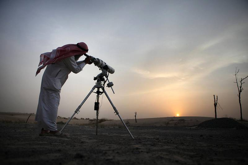 United Arab Emirates - Dubai - August 10th, 2010:  Hasan Hariri, a member of the official moon spotting team, uses his telescope to look for the moon to signal the start of Ramadan.  (Galen Clarke/The National) for observers