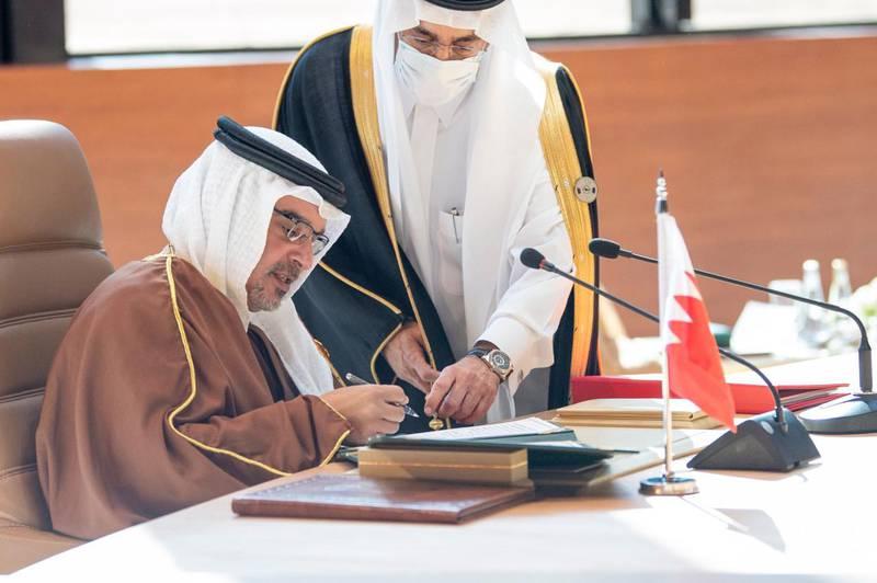 Bahrain Crown Prince Salman bin Hamad bin Isa Al Khalifa signing the Al Ula statement during this summit. Courtesy Ministry of Foreign Affairs - Saudi Arabia