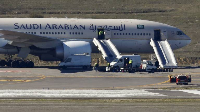 An image that illustrates this article Saudi Arabia warns citizens not to travel to Lebanon
