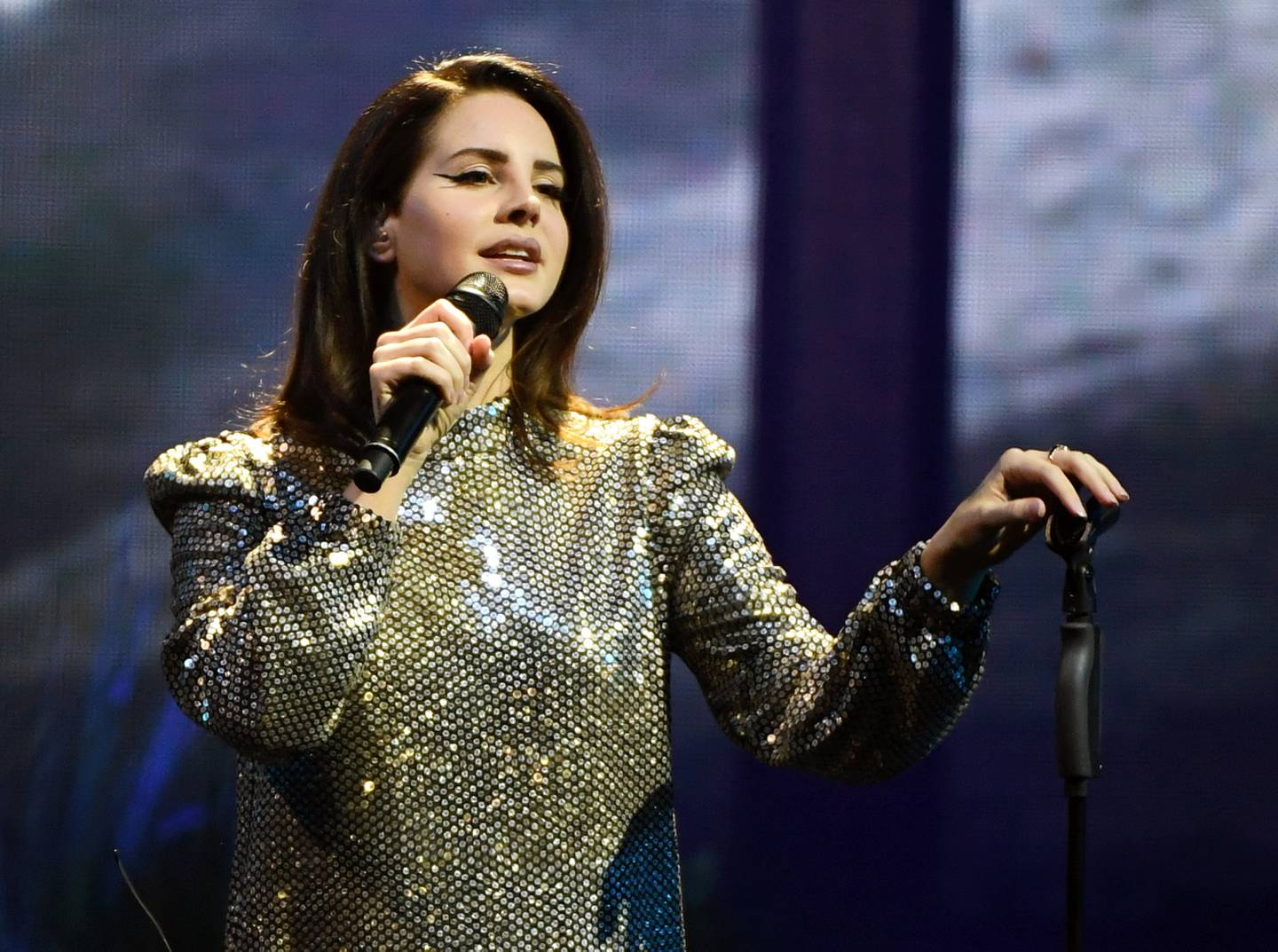 """LAS VEGAS, NV - FEBRUARY 16:  Singer/songwriter Lana Del Rey performs during a stop of her LA to the Moon Tour in support of the album """"Lust for Life"""" at the Mandalay Bay Events Center on February 16, 2018 in Las Vegas, Nevada.  (Photo by Ethan Miller/Getty Images)"""