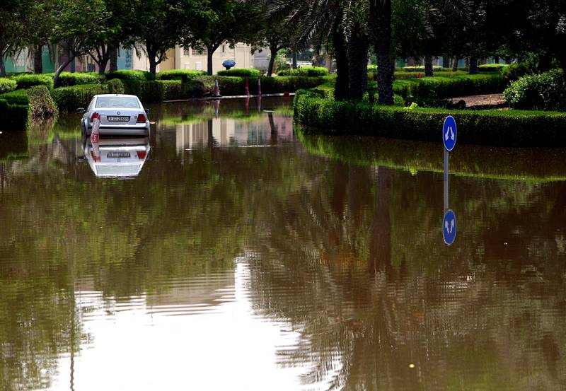 Dubai, United Arab Emirates- July,19, 2013: Leakage in Water pipes causes   heavy flood in th IBN Battuta and Greens area   in Dubai . ( Satish Kumar / The National ) For News *** Local Caption ***  SK100-Flood-04.jpg