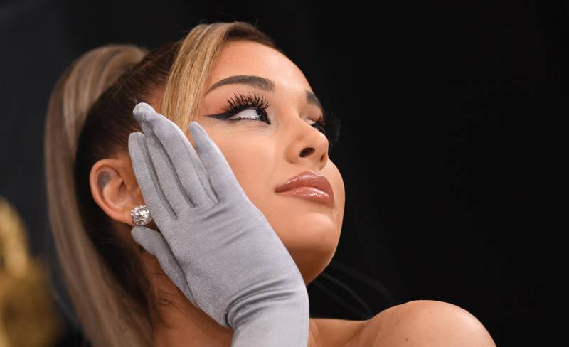 US singer-songwriter Ariana Grande arrives for the 62nd Annual Grammy Awards on January 26, 2020, in Los Angeles. (Photo by VALERIE MACON / AFP)