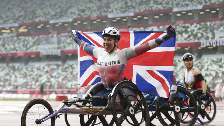 An image that illustrates this article Hannah Cockroft defies hand injury to claim seventh Paralympic gold
